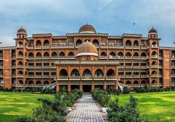 دانشگاه پشاور پاکستان