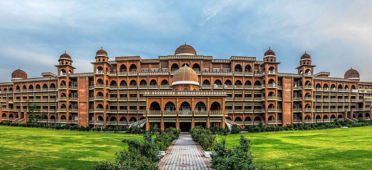 دانشگاه پشاور پاکستان : دانشگاه برتر در ایالت خیبرپختونخوا در پاکستان