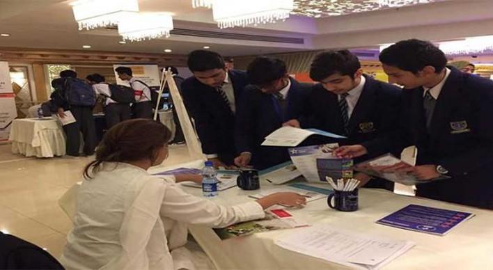 راه اندازی کریدور دانش ایالات متحده و پاکستان و ارائه 10000 بورسیه تحصیلات تکمیلی برای دانشجویان پاکستانی