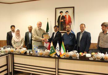 دانشگاه پنجاب پاکستان در ادامه گسترش روابط علمی و تحقیقاتی با دانشگاه ایران، توافق نامه همکاری با دانشگاه نیشابور امضا کرد